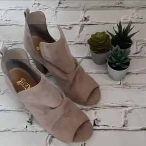 Taupe Ankle Boots Peep-toe